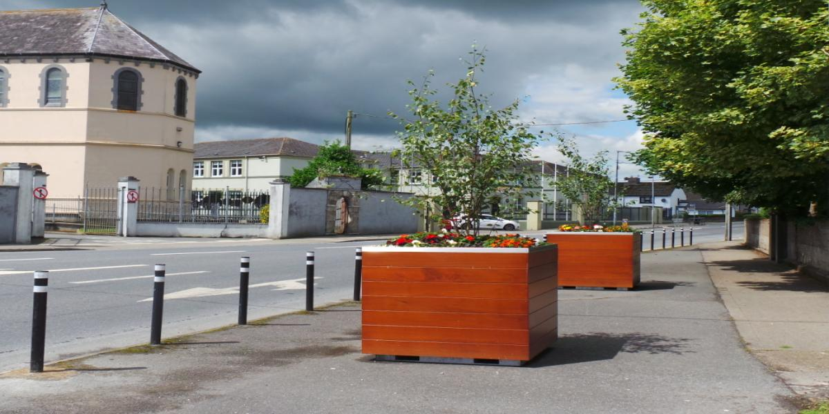 New planters at Greenside, Carrick-on-Suir